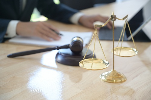 engager un avocat droit immobilier à Paris