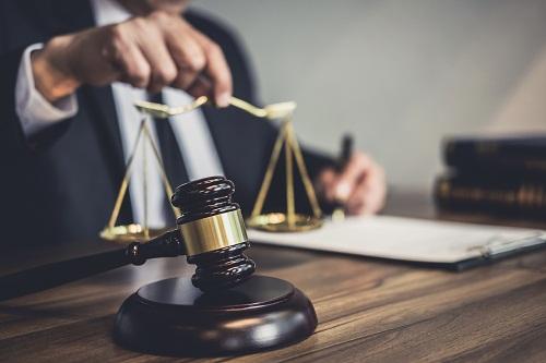 un avocat en droit du travail sur avocat-latargez